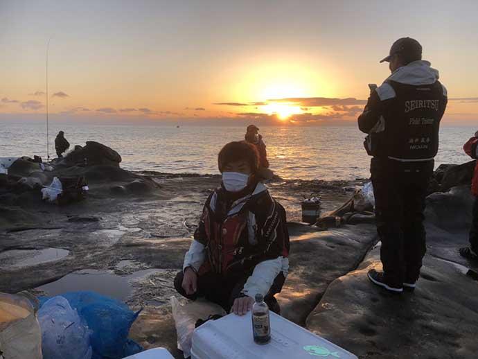 元日の沖磯フカセ釣りで『ロクマル』尾長グレ降臨【宮崎・水島】
