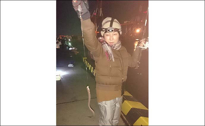 車横付けで冬の夜釣り堪能 アナゴ5匹にセイゴを手中【霞ケ浦ふ頭】