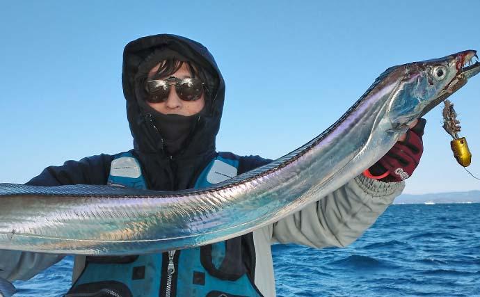 茨城沖ルアータチウオで良型17尾 落とせば釣れる高活性【釣友丸】