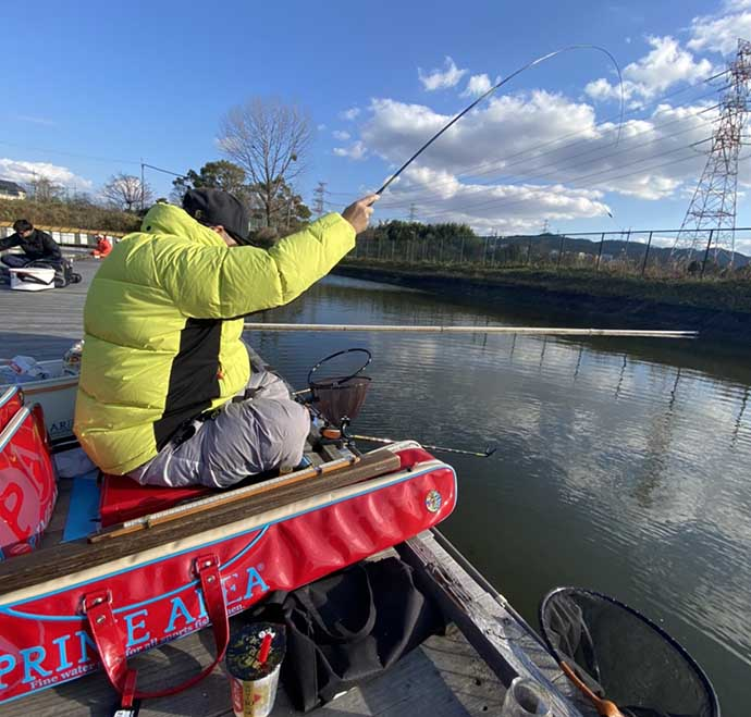ヘラブナ釣り初心者入門 厳寒期をチョウチン固形セットで攻略(第14回)