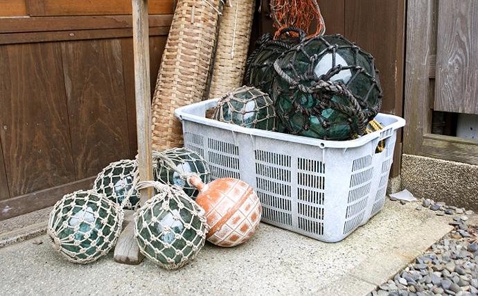 ダイバーが海底の漁網を回収する試み 廃漁具が海洋汚染の原因にも?
