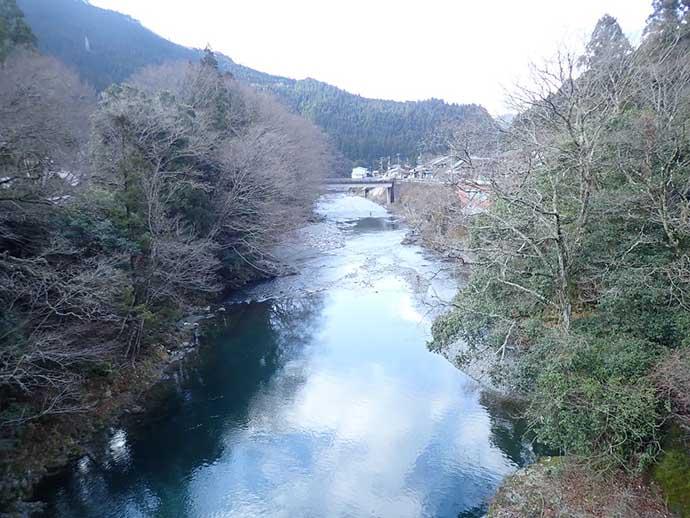解禁初日のルアートラウト満喫 23cm頭にアマゴ20匹【奈良・天の川】