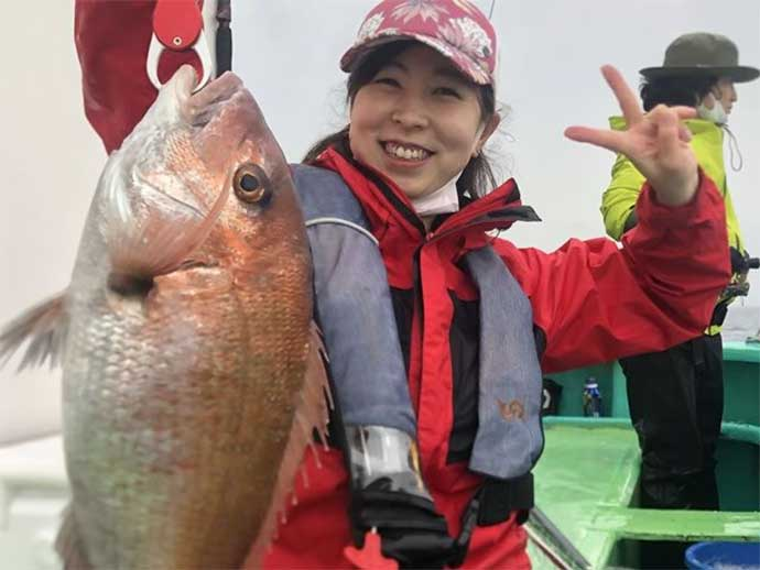 週末ナニ釣れた?沖釣り速報:茨城で大型マダイに東京湾アジ堅調【関東】