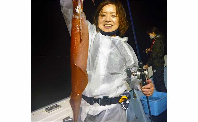 【玄界灘】夜焚きイカ最新釣果 イカメタル・胴突きともに良型揃い