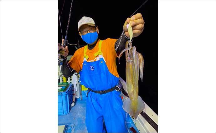 三陸の夏夜の風物詩「スルメイカ釣り」入門:イカメタル釣法のポイント