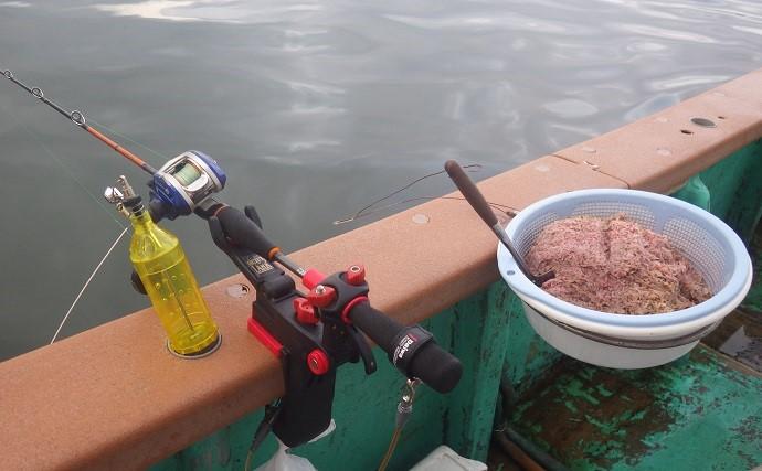 船クロダイ釣りで本命手中 好ゲストは40cm超え大アジ【千葉・太海丸】