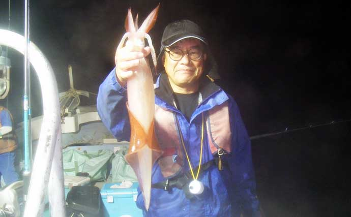 【玄界灘】夜焚きイカ最新釣果 イカメタル・胴突き共に好調で釣る人3ケタ