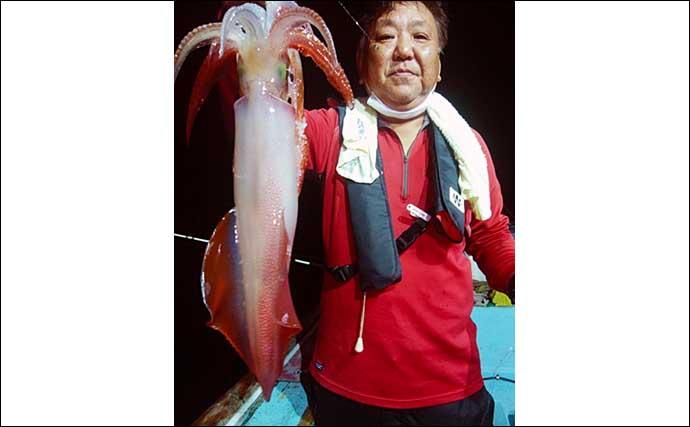 【玄界灘】夜焚きイカ最新釣果 パラソル級交じりの3ケタ釣果続出