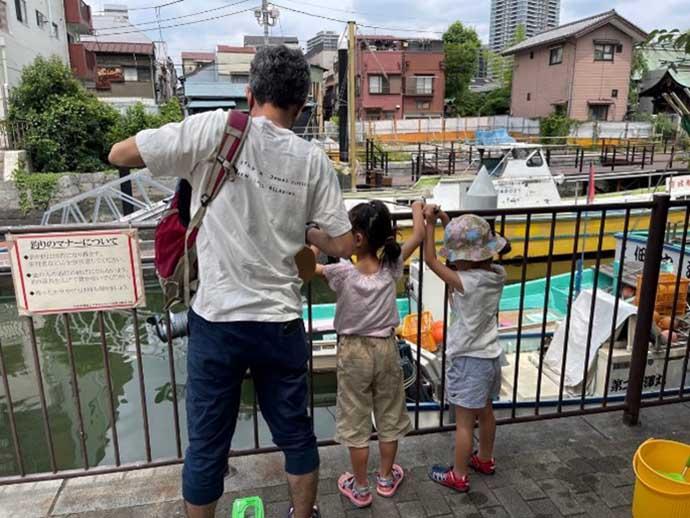 都心でシーズン序盤のハゼ釣り満喫 短時間で釣果は75匹【東京・佃堀】