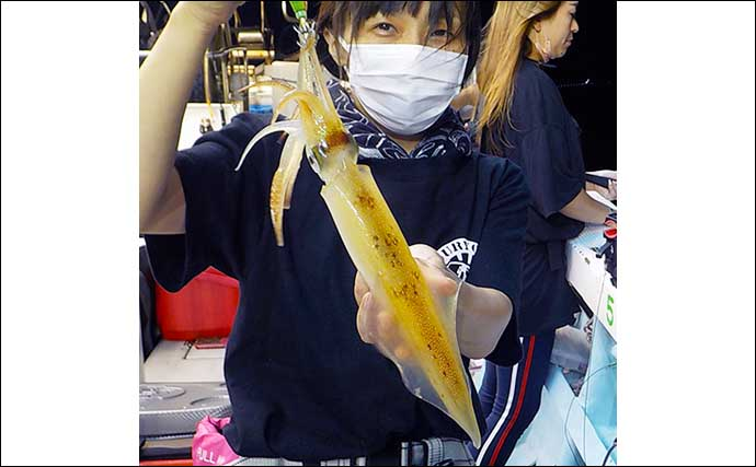 【福井】沖釣り最新釣果 半夜便でマイカ137匹と爆釣