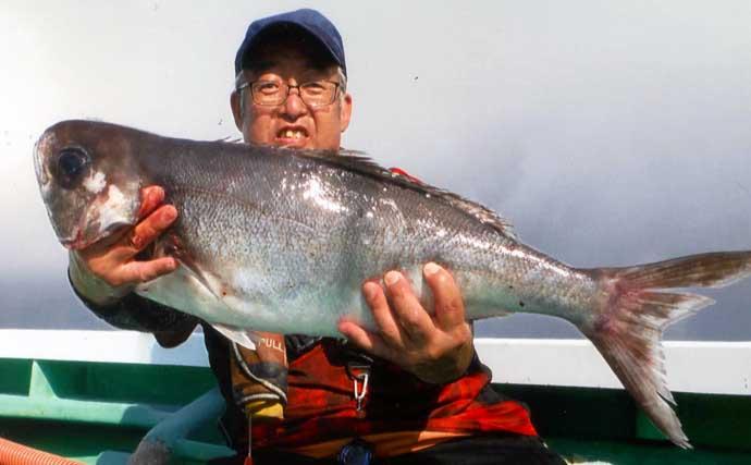 沖のコマセ釣りで7kgの大型『メダイ』 サバとオマツリ避けてキャッチ