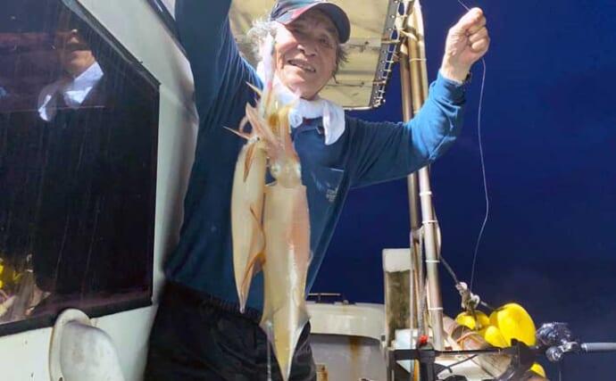 【玄界灘】夜焚きイカ釣り最新釣果 パラソル級交じりで釣る人200匹