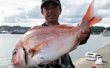 沖堤防フカセ釣りで57cm頭にマダイ3匹 潮の変わり目が好機【鹿児島】