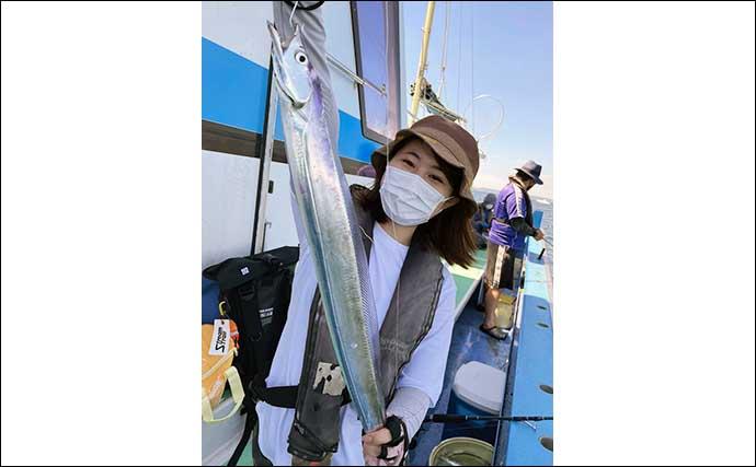 テンビンタチウオ釣り初挑戦で23尾と大健闘 好みの釣り方で挑戦を