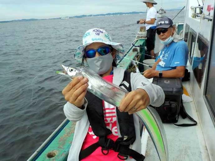 昨日ナニ釣れた?沖釣り速報:東京湾アジ快釣に子供たち歓声【神奈川】