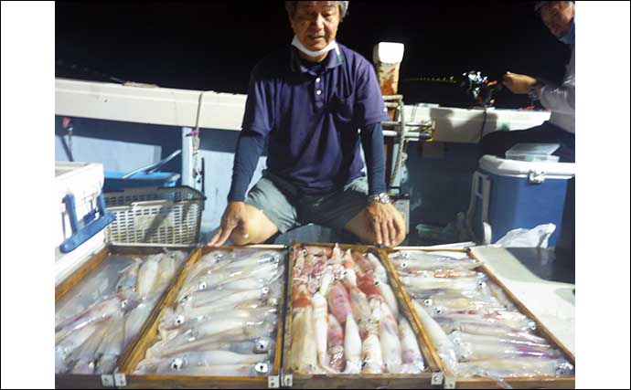 【福岡】夜焚きイカ最新釣果 ダブル・トリプルもあり釣る人100尾超え