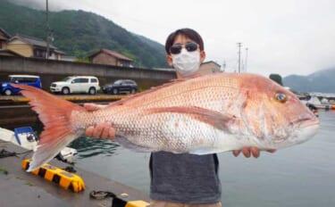 【三重】沖釣り最新情報 レンタルボートで94cm特大マダイ堂々参上