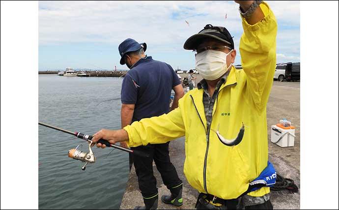 堤防サビキ釣りで15cm級イワシ入れ食い ちょい投げではイシモチ顔出し